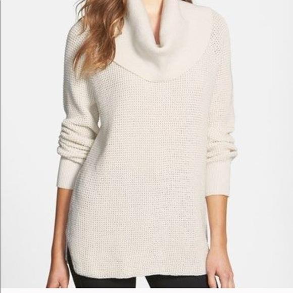 54b372ebf7 Michael Kors white waffle knit cowl neck sweater. M 5b8ad01cd8a2c703e8c992f0